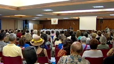 Community Gathers To Hear More On Public Education