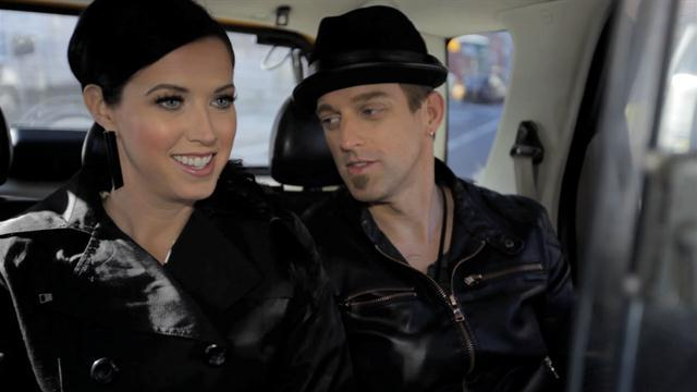 Tip Cup - Thompson Square Behind the Scenes
