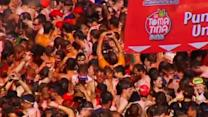 Revelers duke it out at Spain's annual tomato fight