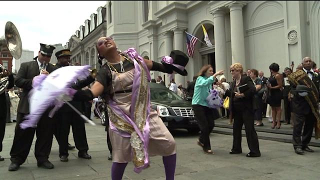 Lindy Boggs second line: New Orleans says farewell