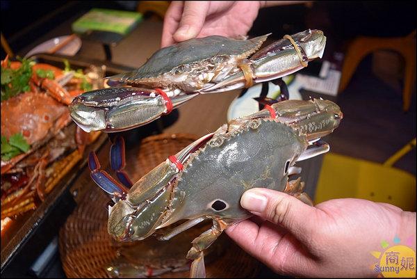 水貨螃蟹烤魚9