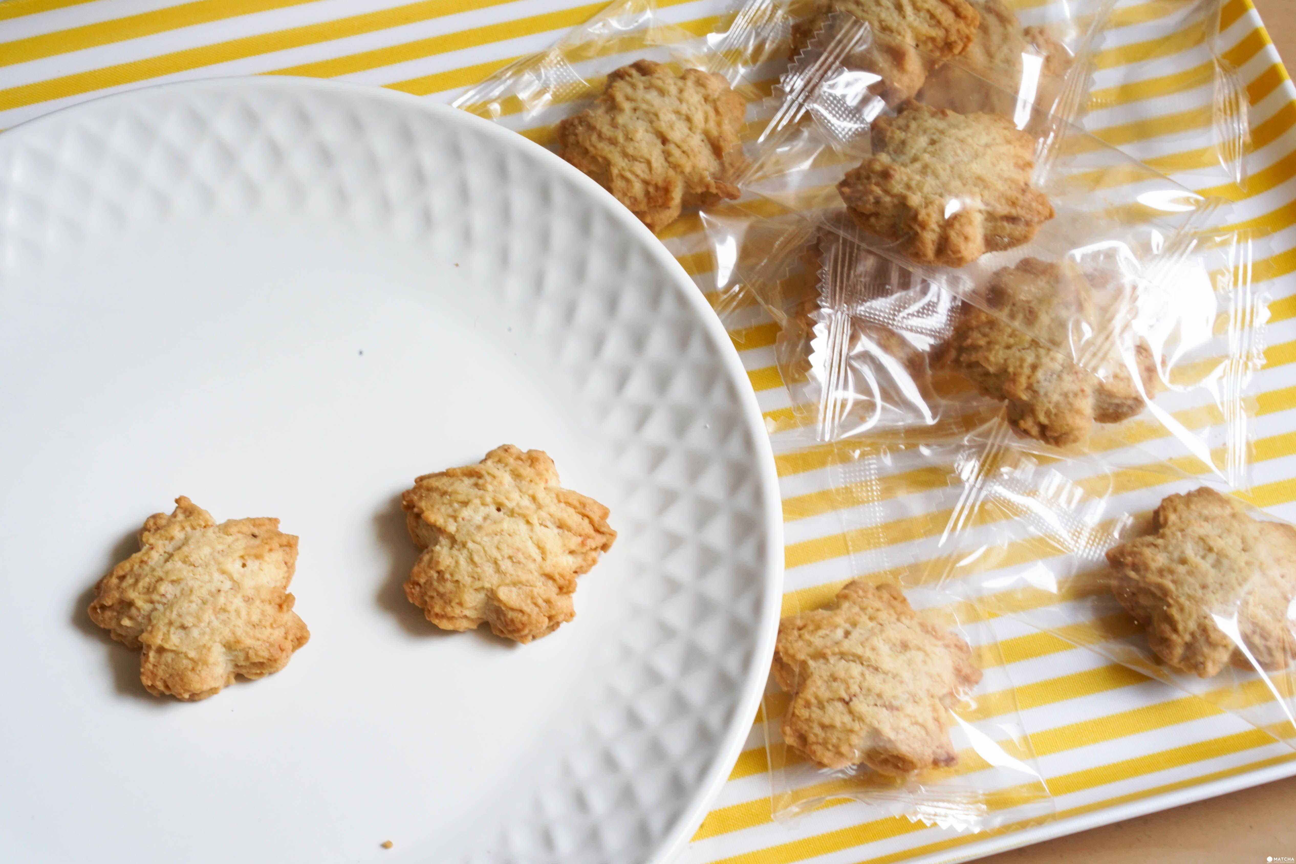 MUJI 無印良品櫻花餅乾