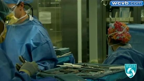 Woman receives full face transplant