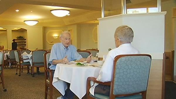 WWII vet, concentration camp survivor meet for lunch
