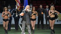 "Vince Neil Fumbles ""The Star-Spangled Banner"""