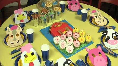 How to make a barn cake and farm animal cupcakes