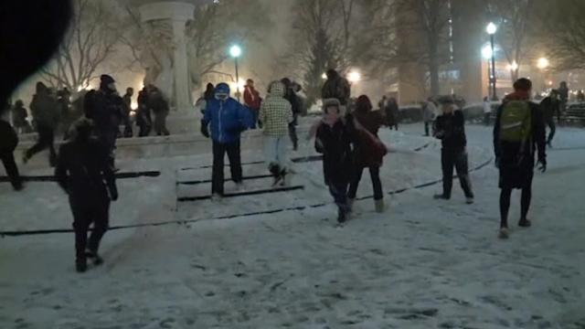 Hundreds turns out for huge snowball fight in D.C.