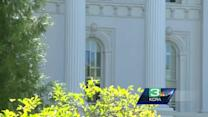 Gov. Brown plans to sign illegal immigrant driver's license bill