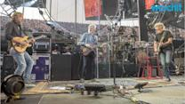 Grateful Dead's Goodbye, Night One: Classics and Curveballs in Chicago