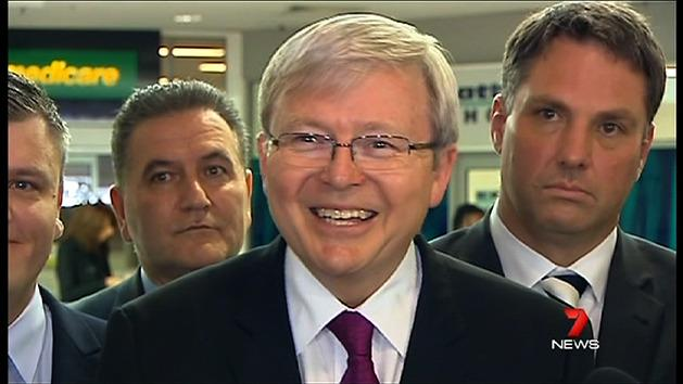 Rudd mobbed by voters in Geelong