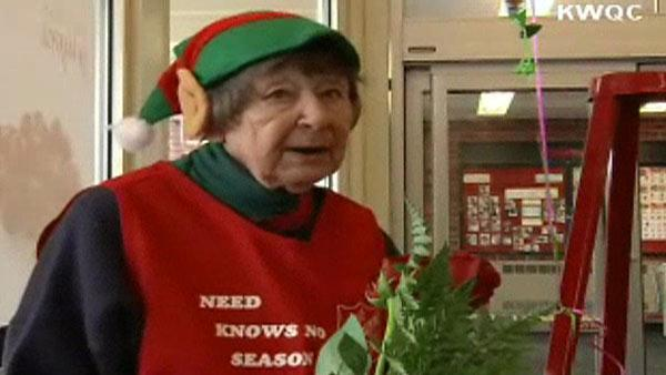 Woman rings in birthday as Salvation Army bell ringer