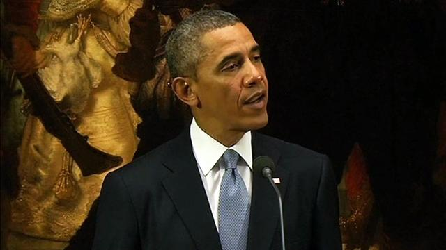 Obama insists Russia must pay price for Crimea take over