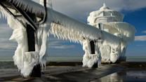 Incredible images of frozen lighthouse in Lake Michigan