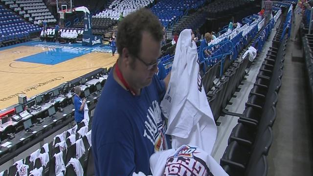 Thunder gives away T-shirts during playoffs