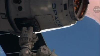 Raw: Easter Morning Delivery for Space Station