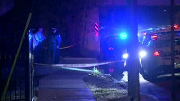 Off-duty officer stabbed, robbed in Northeast Philadelphia, officials say