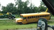 2 injured in school bus accident on I-95 in Langhorne