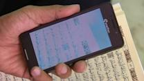 Smartphone app helps non-Arabic speaking Muslims read the Koran