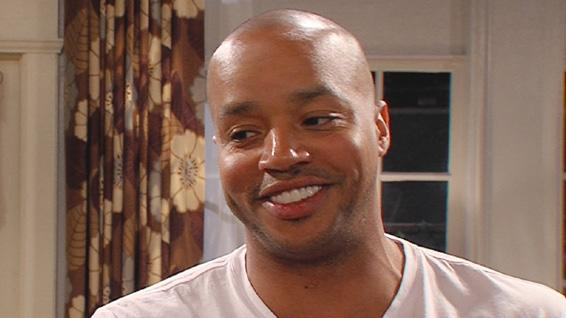'The Exes': Donald Faison Dishes On Clueless Reunion With Stacey Dash and Zach Braff's Cameo