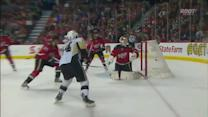 Chris Kunitz goes top-shelf on Berra