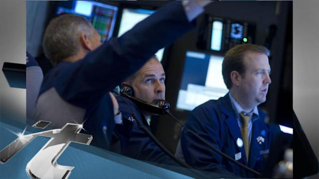 Stock Markets Latest News: Apple Leads an Early Advance in Technology Stocks