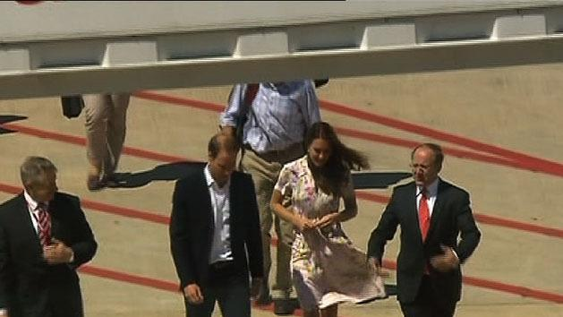 Aussie royal tour plans 'on hold'