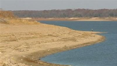 Dry October Affects Saylorville Lake's Level
