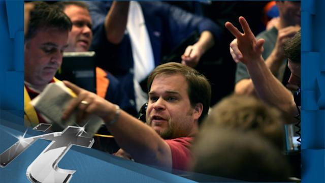 Stock Markets Latest News: Data, Fed Fears Weigh on Wall Street