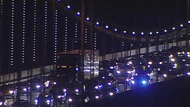 Bay Bridge lanes closed for emergency repair