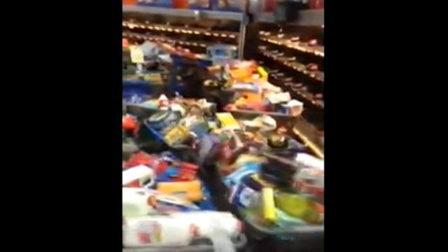 Walmart Shelves Emptied After EBT Glitch