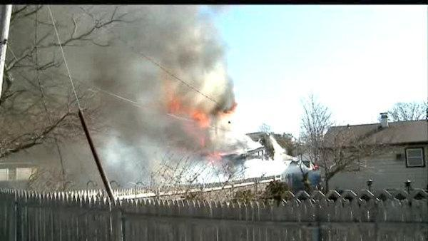 Good Samaritan helps save family during house fire