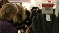Ho, ho hum: Holiday shoppers not in the spirit