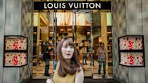 Wealthy Chinese Shoppers Pull Back