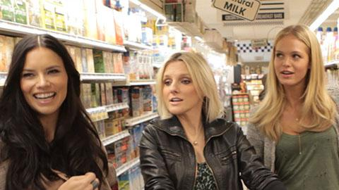 Victoria's Secret Angels Go Grocery Shopping | Harper's Bazaar The Look S2.E5