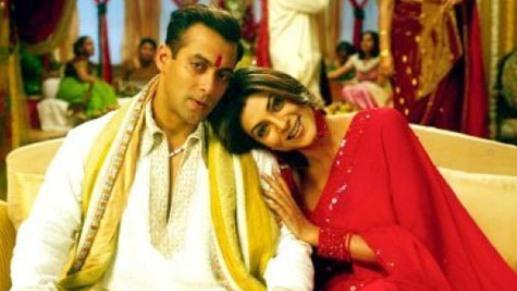 Sushmita steals painting from Salman's housern