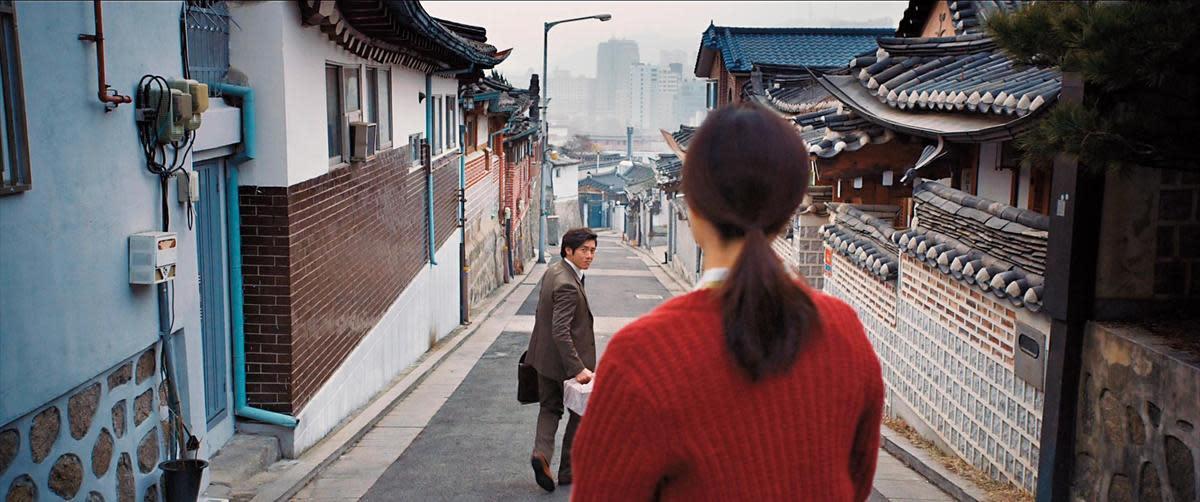 受中國「2014大師微電影」之邀拍攝的短片《戀慕》,以小清新的愛情包裹嚴肅催淚的南北韓題材。(翻攝自Daum網站)