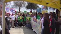Group Visits Bakersfield To Talk About Immigration Reform