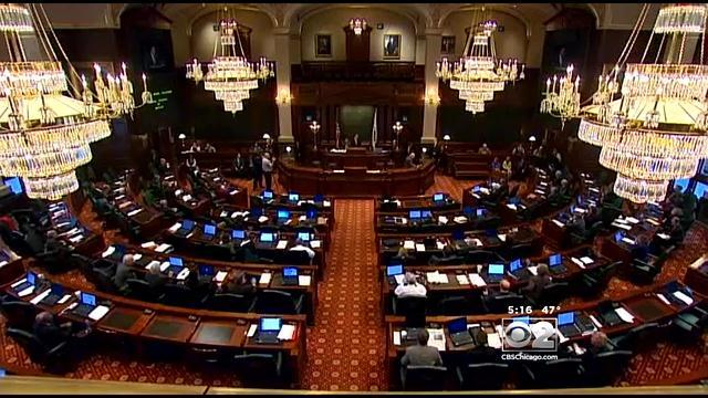 Proposal Would Make Illinois Small Businesses Give Retirement Accounts To Employees