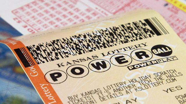 What would you do if you won $425 million?