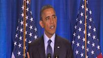 Obama warns Syria against using chemical weapons