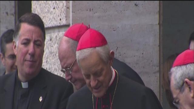 Conclave to elect pope begins