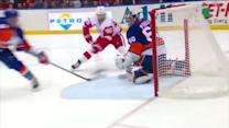 Kevin Poulin denies the Red Wings twice