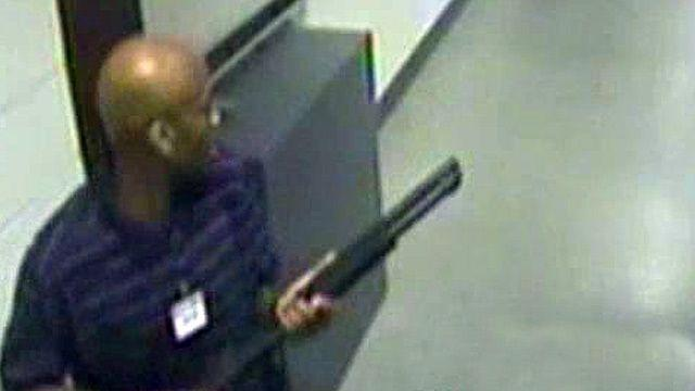 Chilling video of Navy Yard shooter released by FBI