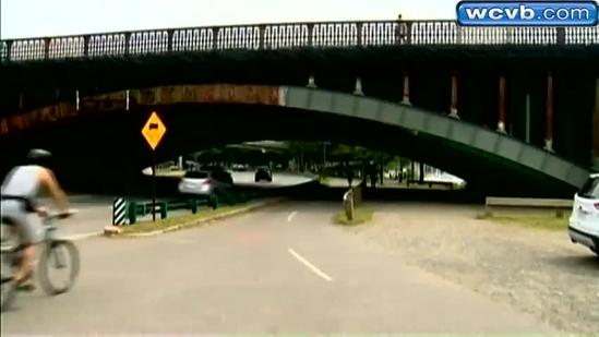 State troopers thwart apparent sexual assault on Esplanade