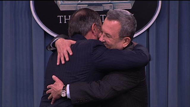 Panetta gives Distinguished Public Service Award to Israeli Defense Minister