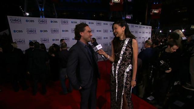 39th Annual People's Choice Awards - Red Carpet Interview: Johnny Galecki