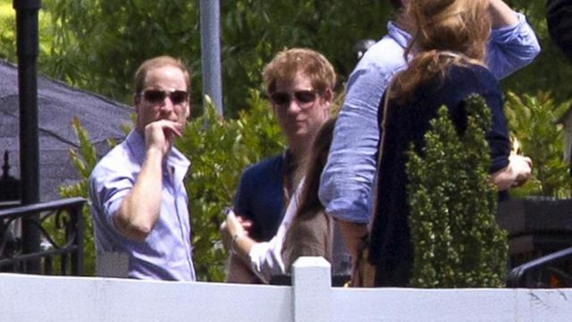 Royals Are Special Guests at Memphis Wedding