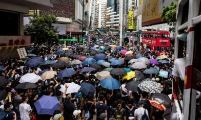 中止港澳條例?藍:蔡切割香港