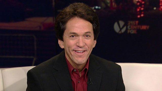 Mitch Albom Talks 'The First Phone Call From Heaven'