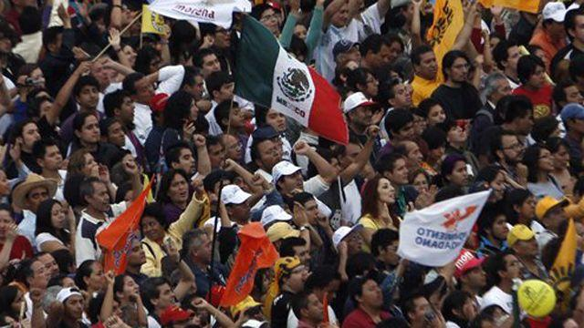 Mexican citizens head to polls to elect new president